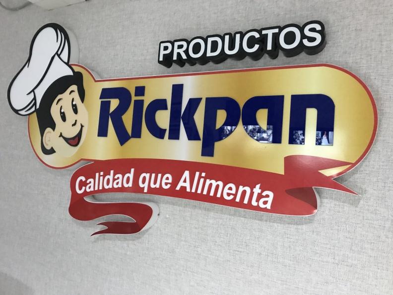 Fabricacion Logo en Acrilico – Rickpan